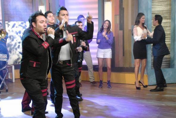 Este miércoles, Germán Lizárraga y su banda Estrell...