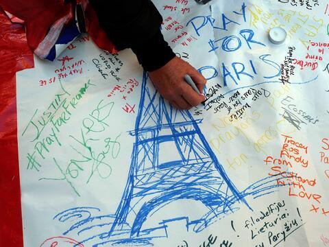 Apoyo de NY a París