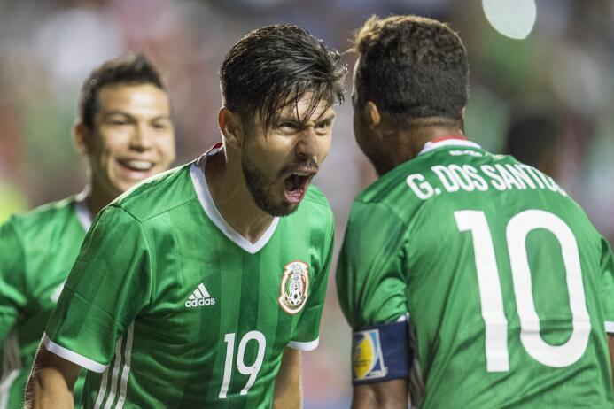 Osorio completó 18 partidos dirigiendo a México con saldo a favor 201610...