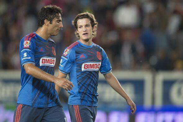 6.- Recuperar el gol en el equipo, una delantera compuesta por Omar Brav...
