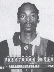 Snoop Dog fue arrestado por posesión de marihuana.