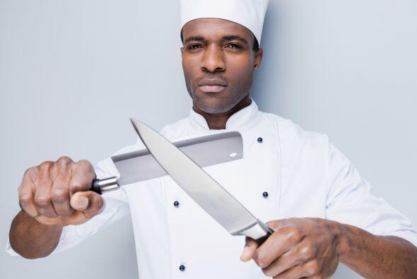 Afila tus cuchillos. Aunque no lo parezca, un cuchillo sin filo es más p...