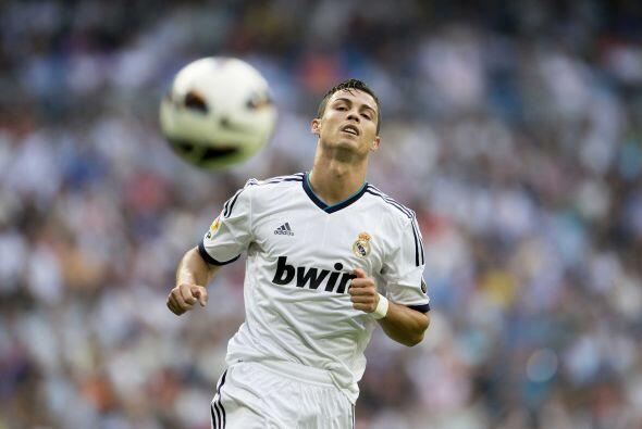 Real Madrid no pudo marcar y en su debut ante Valencia igualó 1-1.