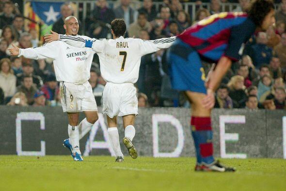 Esta vez hizo otro tanto para el triunfo definitivo del Madrid, 2-1 en e...