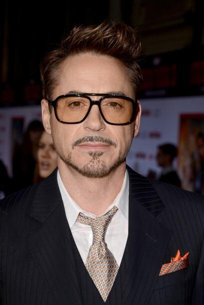 Robert Downey Jr. es un actor que siente debilidad por las gafas hipster...