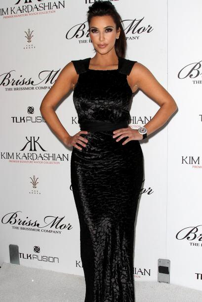 Kim Kardashian, la mujer de negro 2fa4b13115cd464abddaa8295a0ddefb.jpg