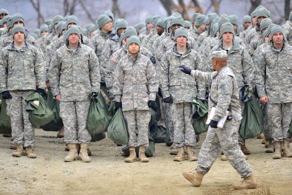 """11 marzo.- Corea del Norte declara """"completamente nulo"""" el armisticio y..."""