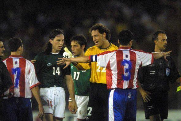 Antes de competir en Francia '98 el Tri de Manuel Lapuente enfrentó a Pa...