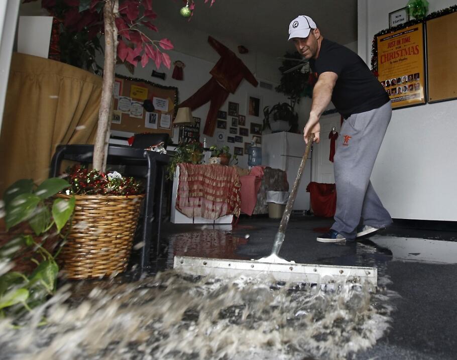 El Niño inunda ahora California