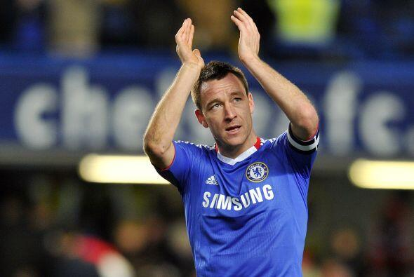 John Terry, defensa de Inglaterra y del Chelsea, se sienta en el mismo l...
