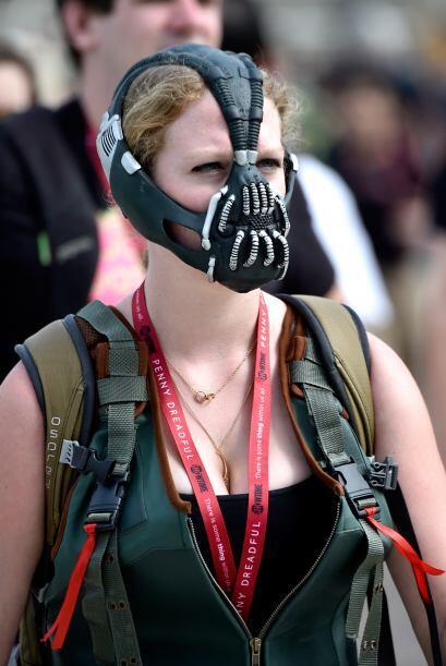 Si te gustan los villanos, puedes hacer tu versión femenina de Bane.