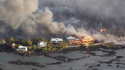El volcán Kilauea no descansa: cientos de hogares destruidos durante la noche en Hawaii (fotos)