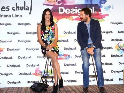 La modelo brasileña. Adriana Lima, se presentó en el Barce...