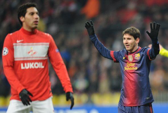 Pero detener a Lionel es casi imposible y cuando el '10' del Barcelona t...