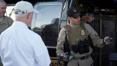 En fotos: El fiscal general Jeff Sessions en su recorrido por la frontera de Arizona