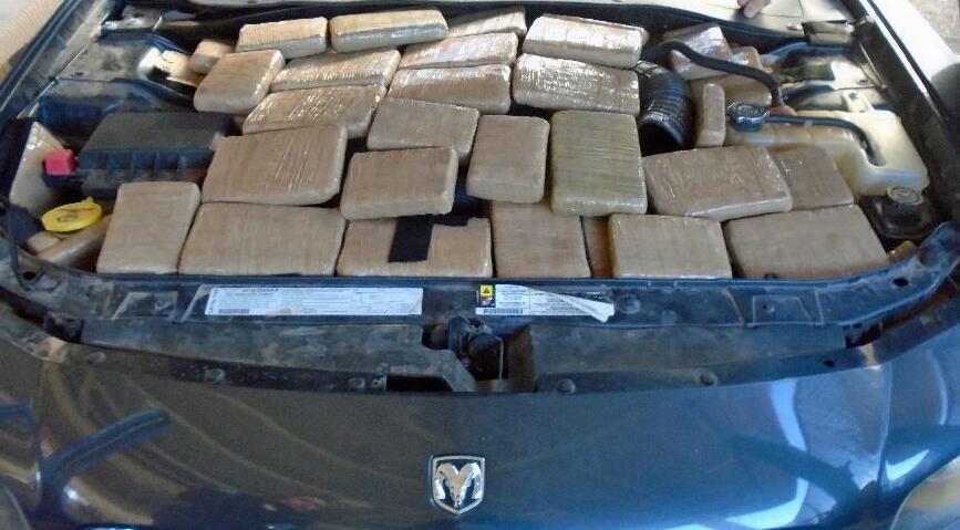 Más de 200 mil dólares en drogas interceptadas