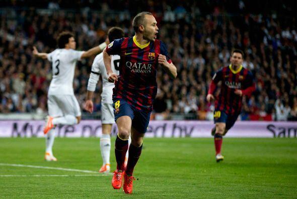 Pero el primer golpe lo dio el Barcelona, por conducto de Andrés Iniesta.