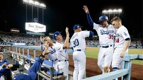 Los Dodgers viajan a Phoenix con ventaja en la serie.