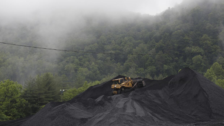 EEUU congela las nuevas autorizaciones de minas de carbón GettyImages-49...
