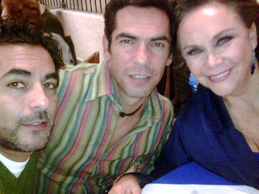 Raúl Araiza regresa a las telenovelas con 'Un papá a toda madre'