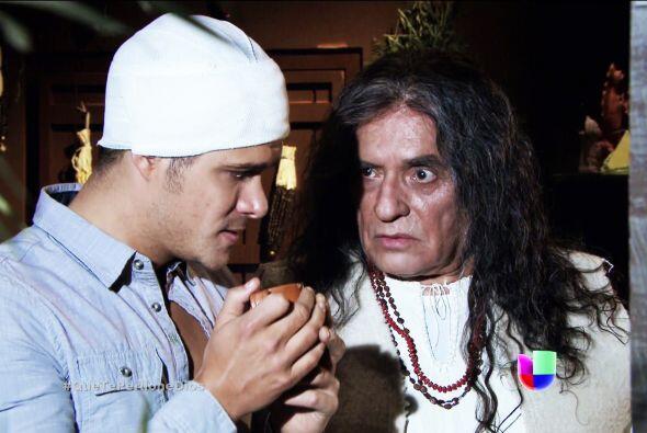 Su abuelo le advirtió que don Bruno no se quedaría de brazos cruzados y...