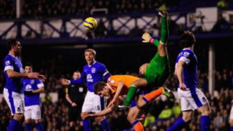 Everton sufrió más de lo esperado ante el Oldham.