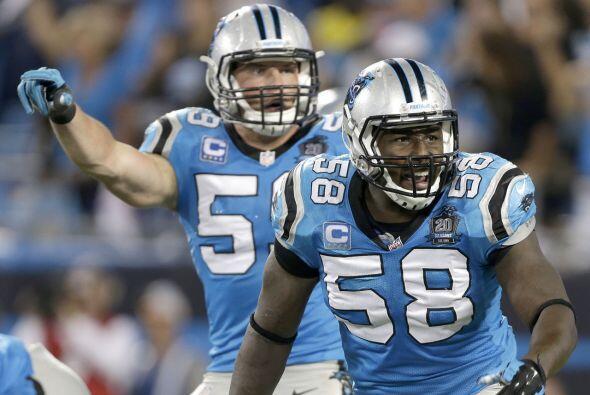 #10 Linebackers de los Carolina Panthers (AP-NFL).