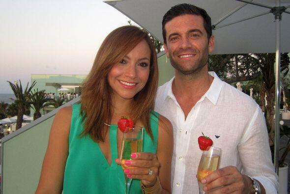 Satcha Pretto se comprometió con su novio, con el que lleva seis...