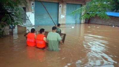 Las lluvias torrenciales e inundaciones en varias regiones de China han...