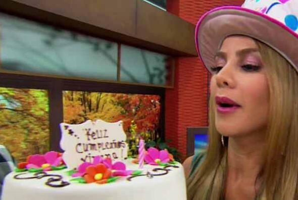 Este martes, Ximena Córdoba cumplió años y aunque ella no quería festeja...