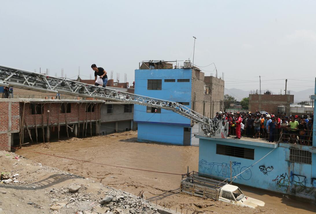 El desastre natural también deja destruidas 12.000 viviendas destruidas,...