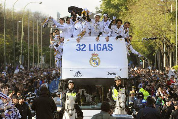 Los futbolistas veían la alegría de sus fanáticos en cada rostro.