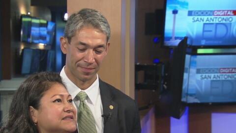 El nuevo alcalde y la primera dama de San Antonio nos hablan de su vida...