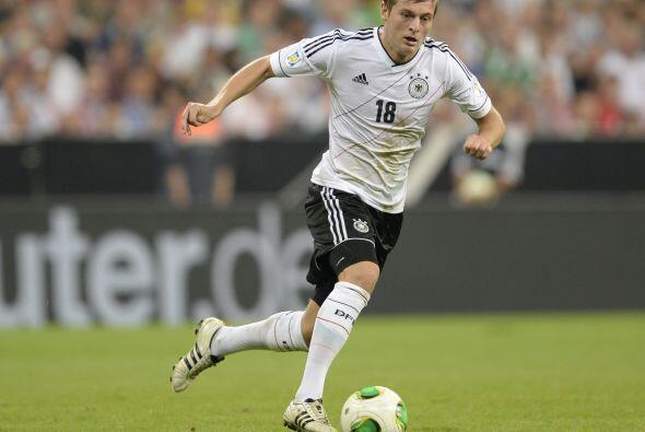 Entre lo que llegan ya se habla insistentemente de Toni Kroos, del Bayer...