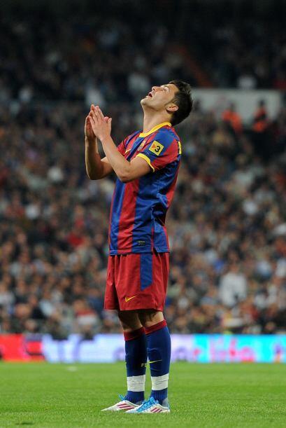 David Villa no estuvo muy oportuno de cara al gol, aunque forzó el penal...
