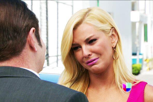 Su relación con Flor es una mentira y Aracely es una buena amiga,...