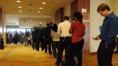 """El optimismo de los empresarios se debe a la """"fuerza del sector servicio..."""