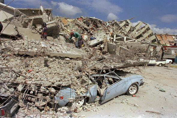 A 25 años del terremoto de 1985 que dejó unos 6,500 muertos según datos...