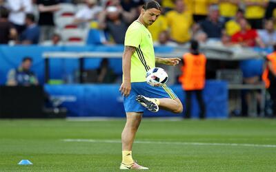 La llegada de Ibrahimović a la MLS se enfría y podría terminar de vuelta...