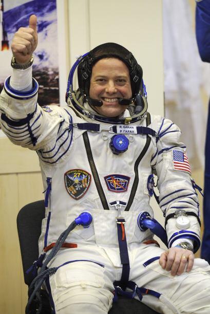 Por su parte, el astronauta norteamericano Ronald Garan se lanza en su s...