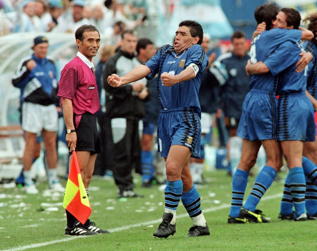 Los 56 años de Diego Maradona, entre la gloria y la controversia 1994.jpg