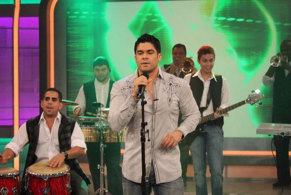 De hecho, el tema es tan conocido que Shakira ocupó una parte de la músi...