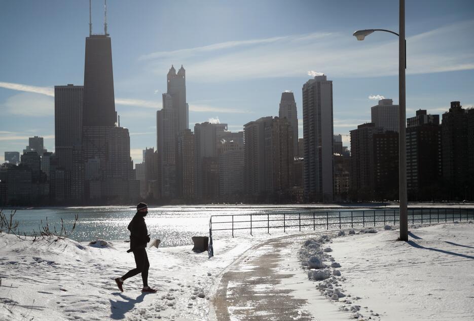 En fotos: La primera gran ola de frío del año azota a buena parte de Est...