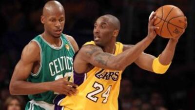 El encuentro, que significó el segundo título consecutivo de los Lakers...