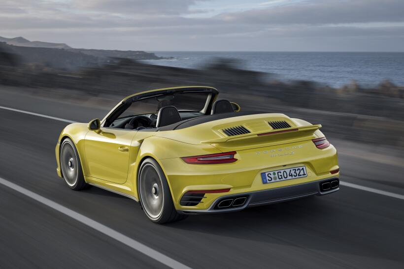 Los Porsche 911 Turbo y Turbo S esperan por Detroit P15_1261_a5_rgb.jpg