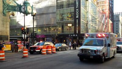 Una empleada de la tienda resultó gravemente herida cuando una lata de a...