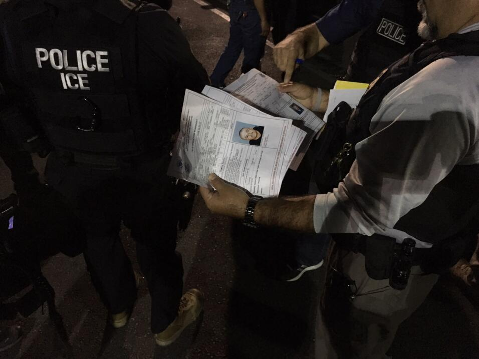 Cinco indocumentados con antecedentes penales estaban en la lista negra...