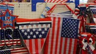Cadena de tiendas en Dallas venden banderas de EU con 61 estrellas 0f354...