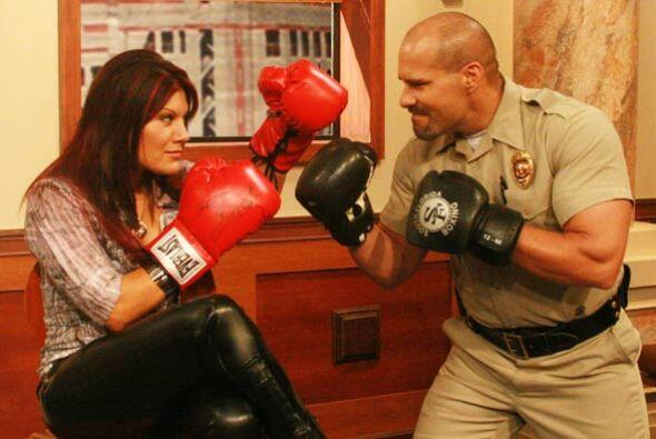 La Corte de Veredicto Final es el escenario para una pelea entre Diana R...