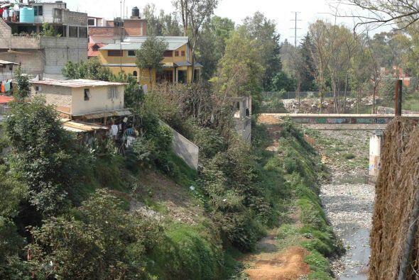 Cientos de cerros en la Ciudad de México están en peligro de desgagarse...